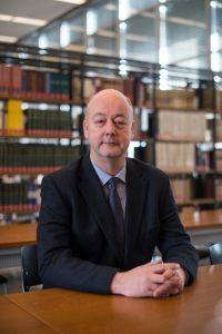 Dr. Helge Steenweg